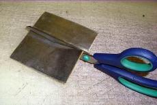 universelle Walzblei - Bleistreifen einseitig selbstklebend mit Schutzfolie 100 cm x 7,0 cm x 1,0 mm stark