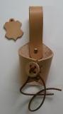 Universeller geschnürter Leder-Trinkhornhalter für Trinkhörner / Schwerthalter in verschiedenen Farben